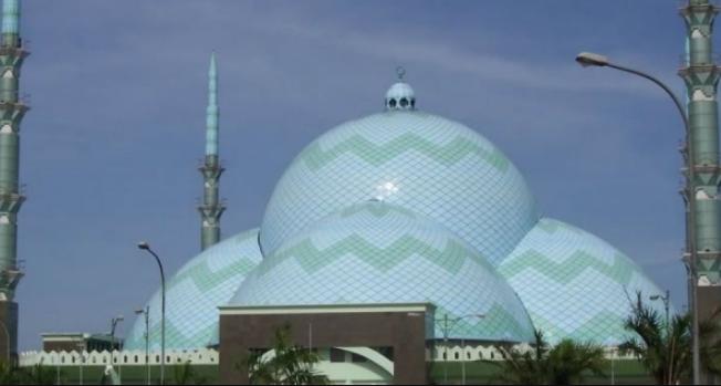 Kubah Masjid Setengah Bola