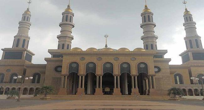 Masjid Modern Di Indonesia