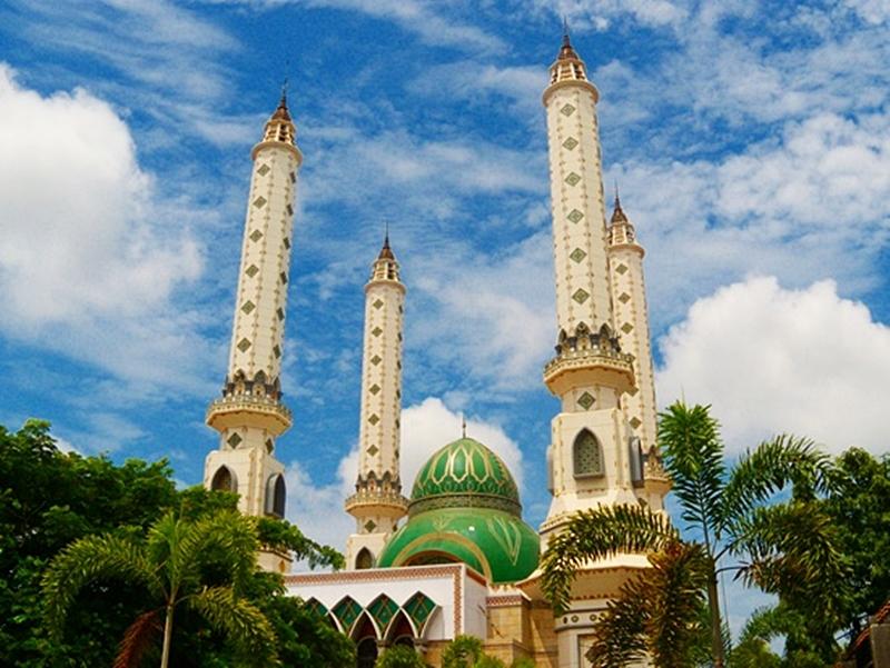A07c2f3b3b907aaf8436a26c6d77f0a2 Masjid Agung Cilegon Empat Menara Nan Menjulang Di Tengah Kota